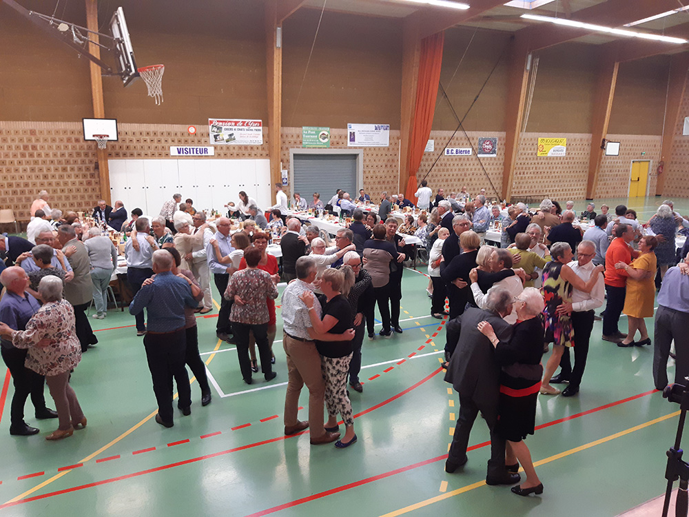 2021-10-02-Banquet-danse7.jpg