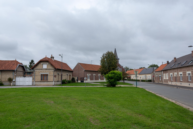 place-du-village-wailly.jpg