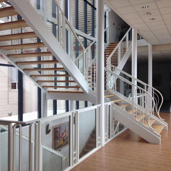 Mairie Locaux - escaliers.jpg