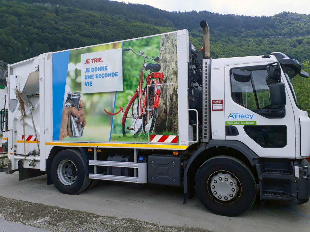 camion-collecte-dechets-Grand-Annecy.jpg