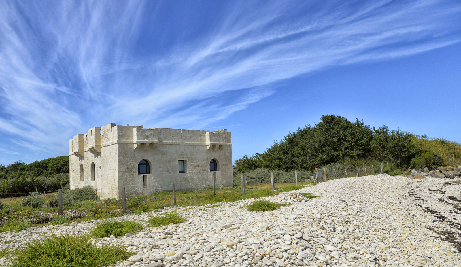 Fort du Grouin LOIX.jpg