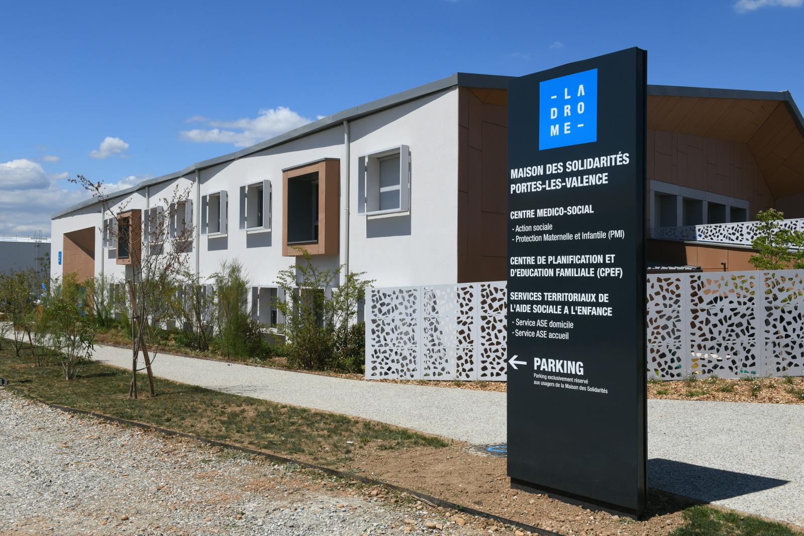Maison des solidarités Portes-Lès-Valence .jpg