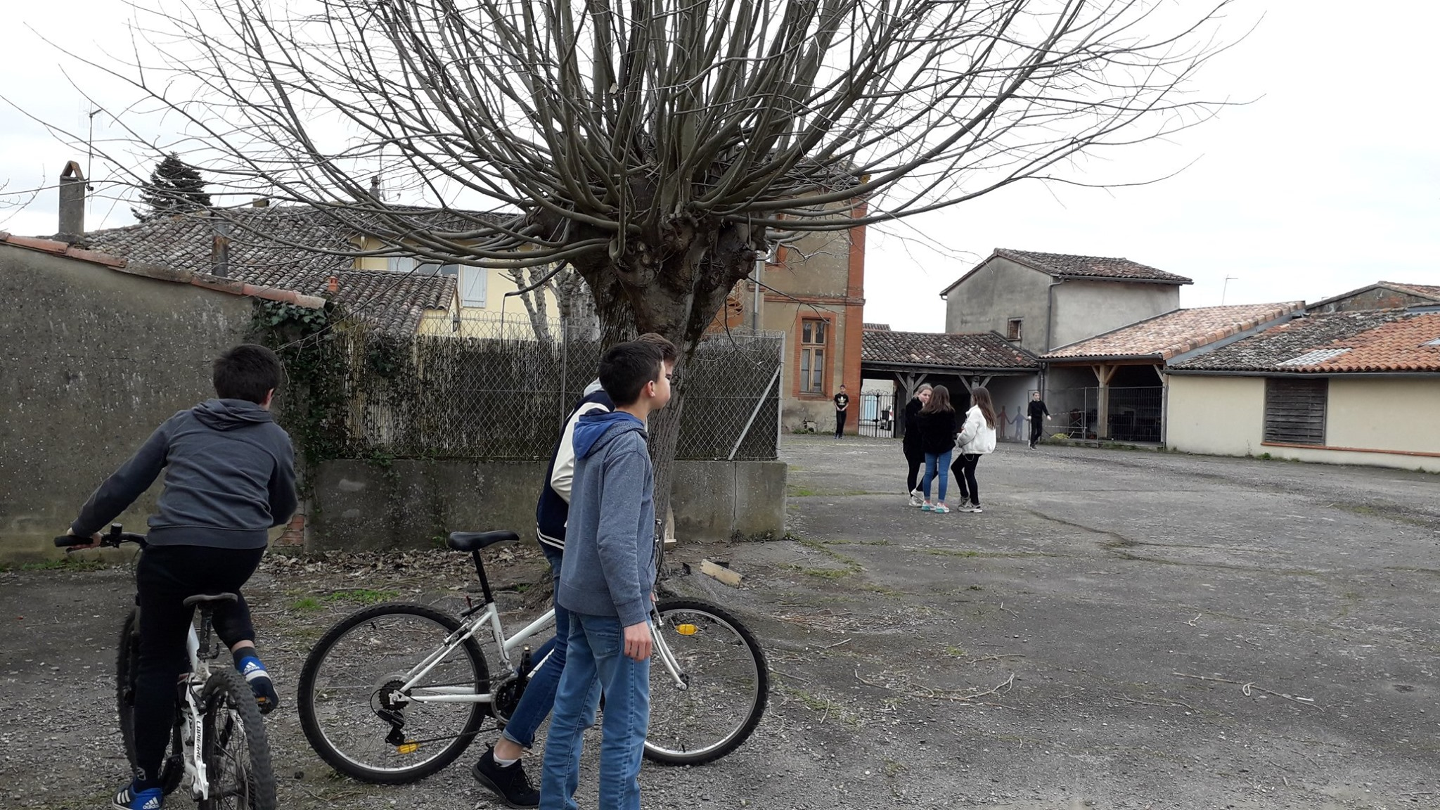 Local Jeunes 15.jpg