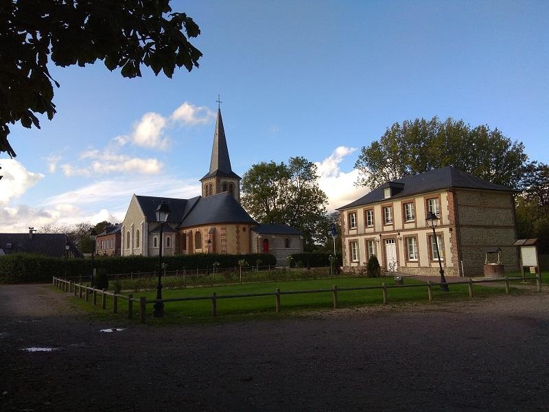 mairie et eglise.jpg