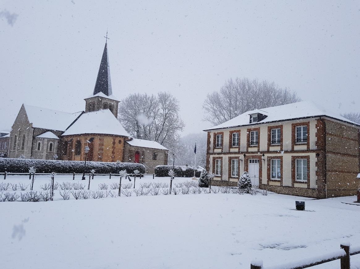 Mairie Eglise.jpg