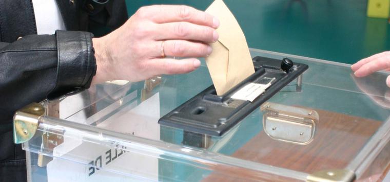 Fonctionnement-d-un-bureau-de-vote_largeur_760.jpg