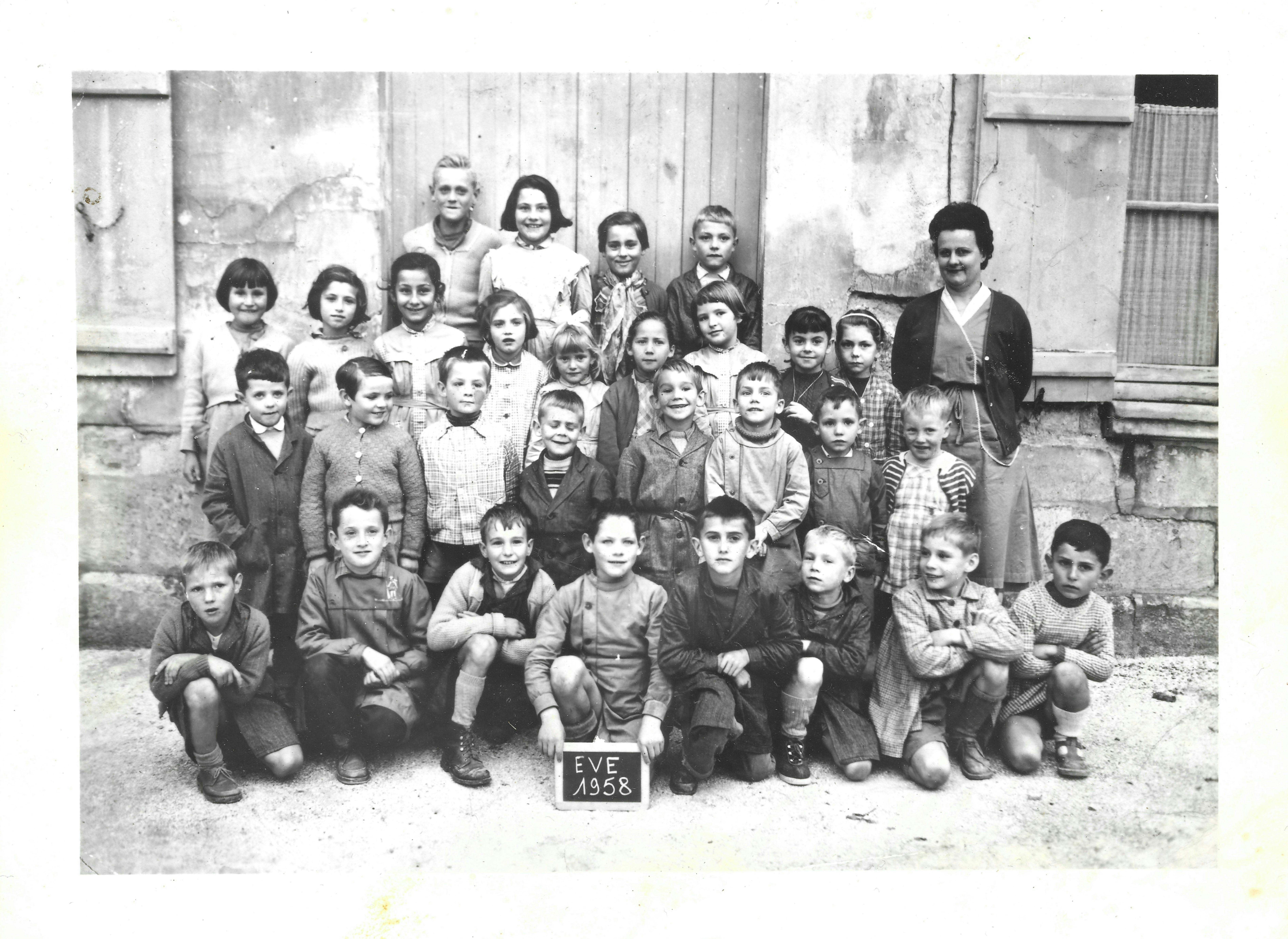 Classe ecole Eve 1958.jpg