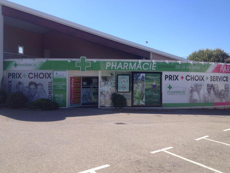 pharmacie_centrale_de_la_valdaine_OSD05713690-49048.jpg