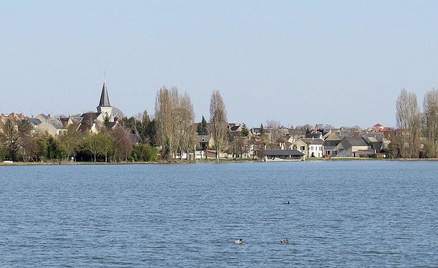 Etang village rogné.jpg