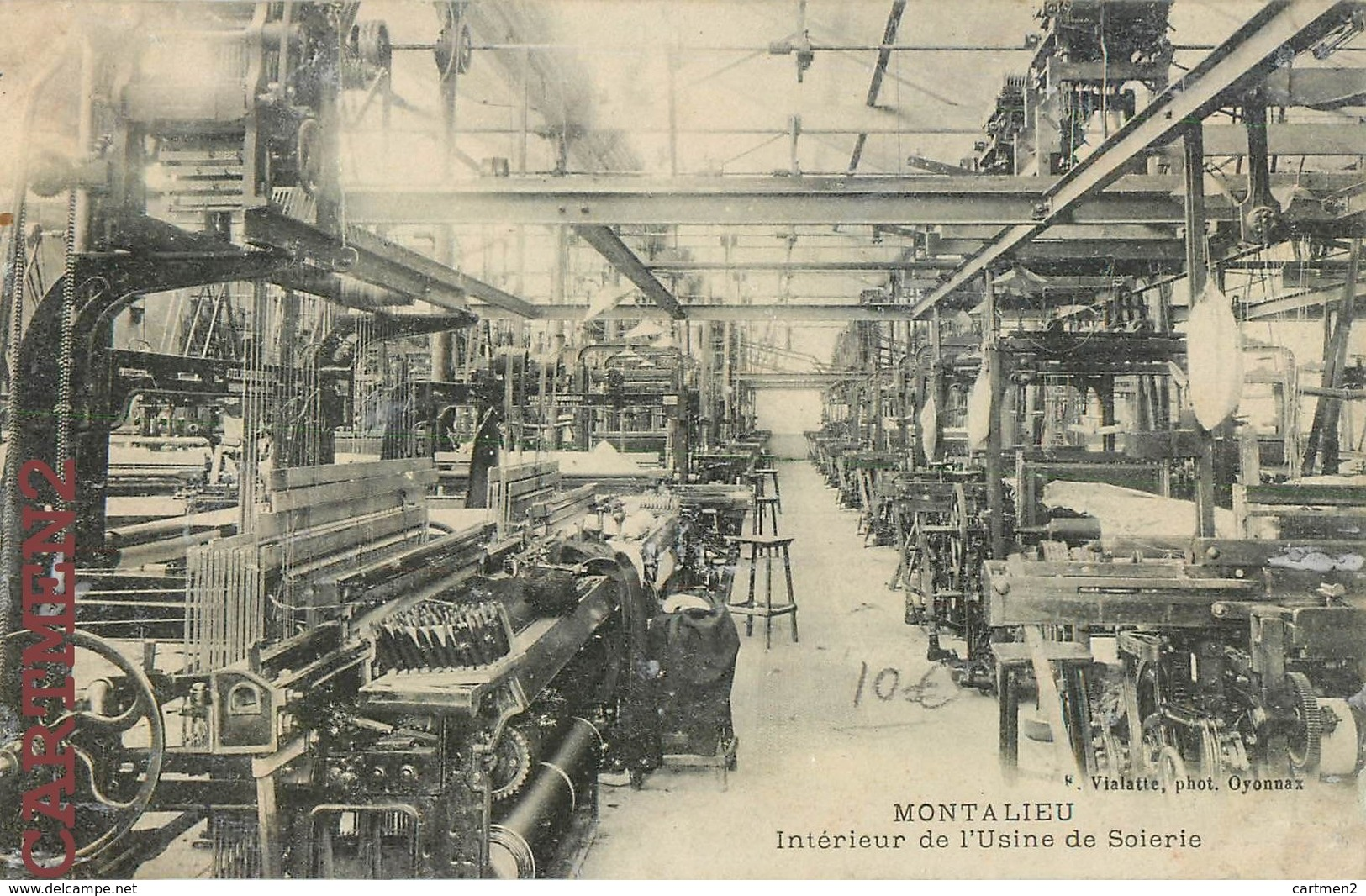 montalieu-interieur-de-lusine-de-soierie-metier-a-tisser-industrie-38-isere.jpg
