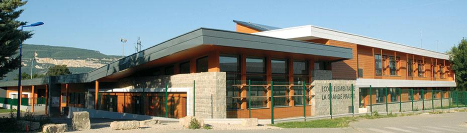Ecole elementaire la grande prairie.JPG