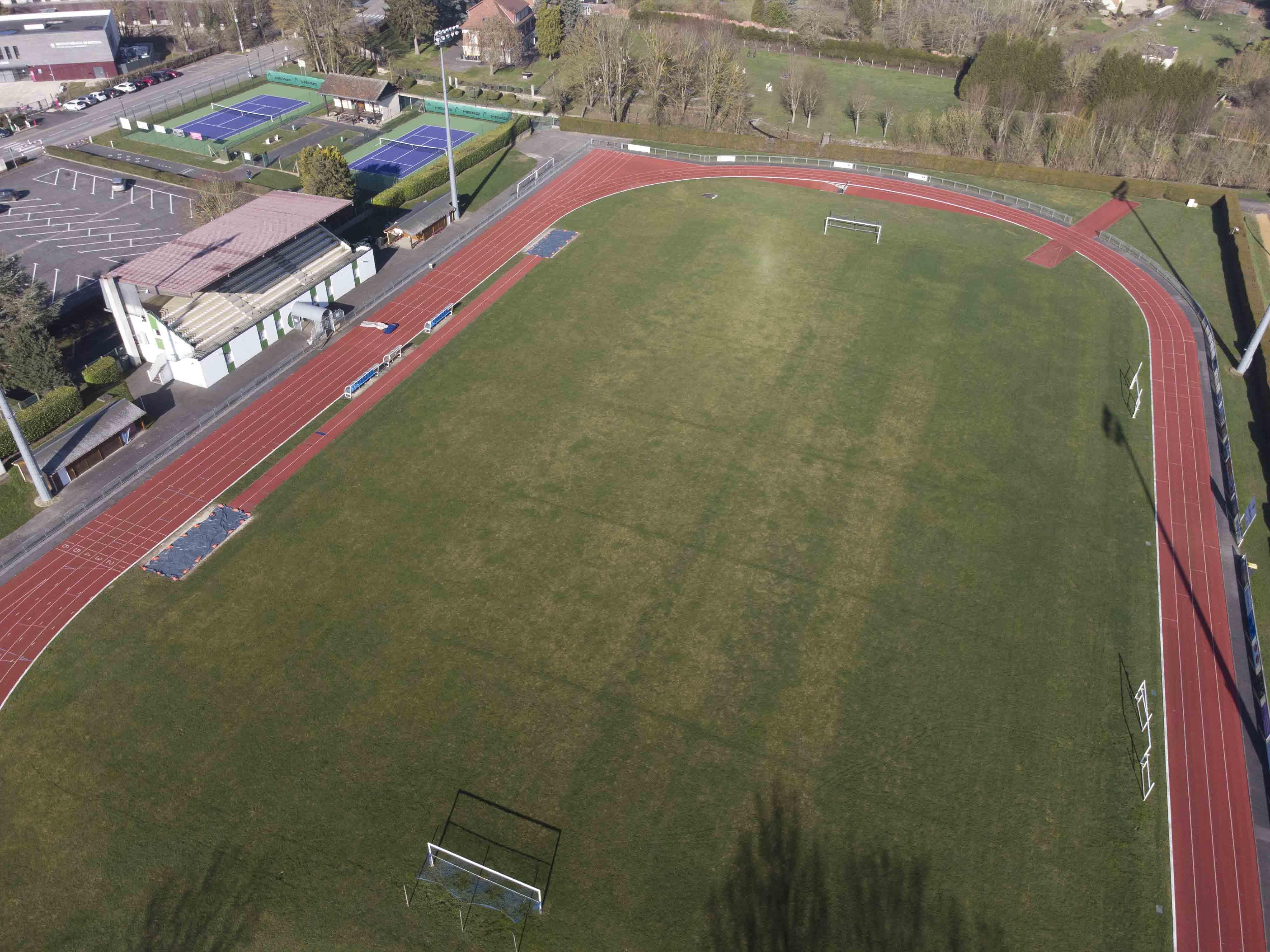 stade J. Deschamps.jpg