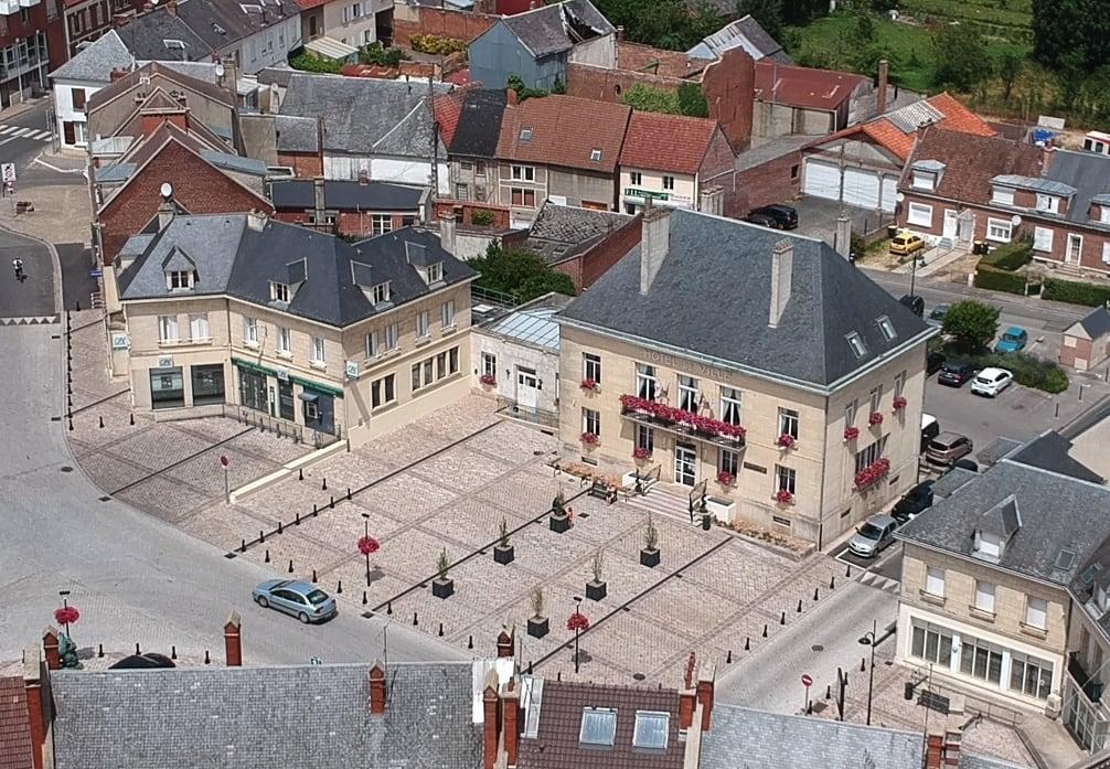 Mairie de Breteuil.jpg
