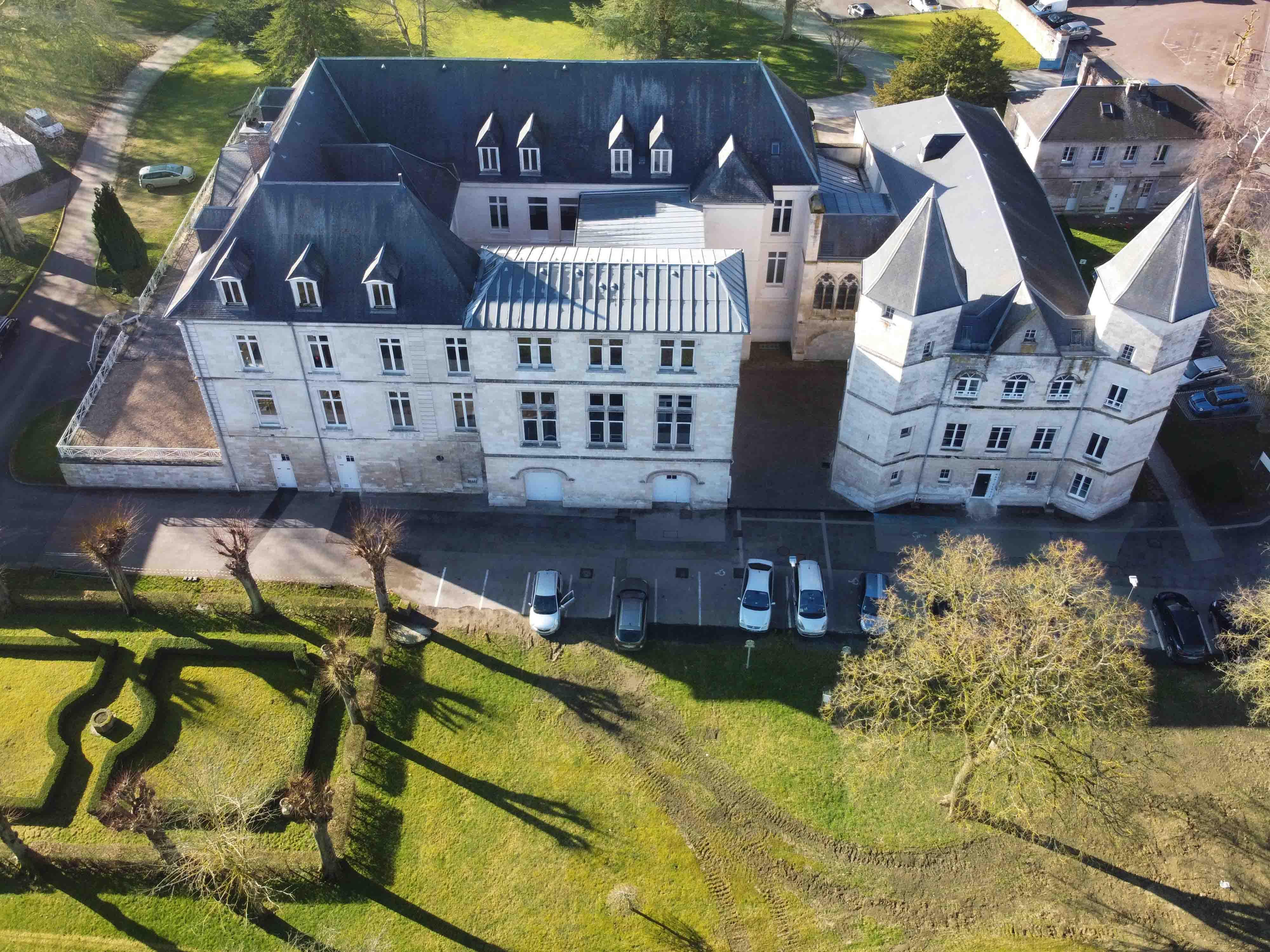 chateau_abbaye.jpg