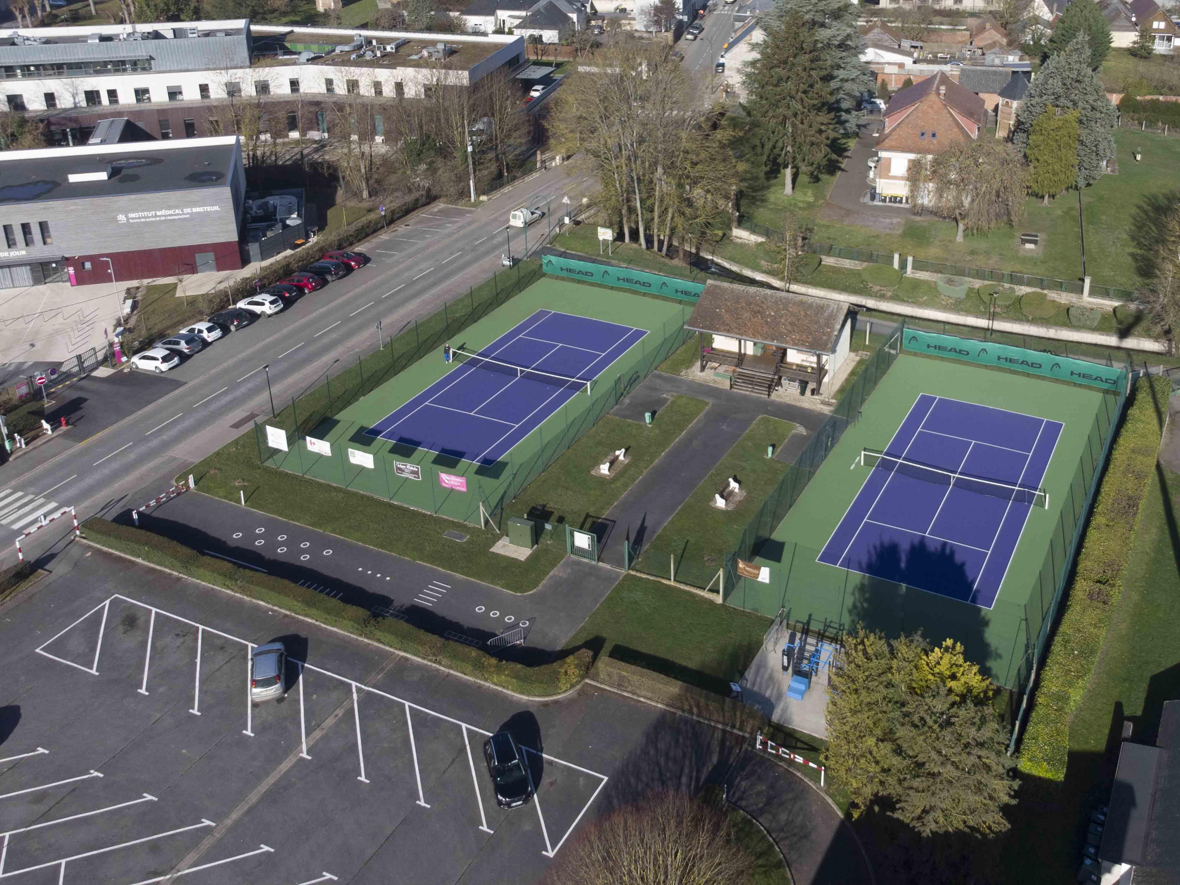 Tennis Extérieur.JPG