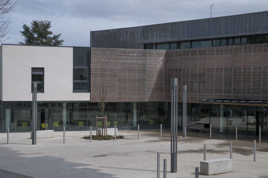 institut medical de Breteuil.jpg
