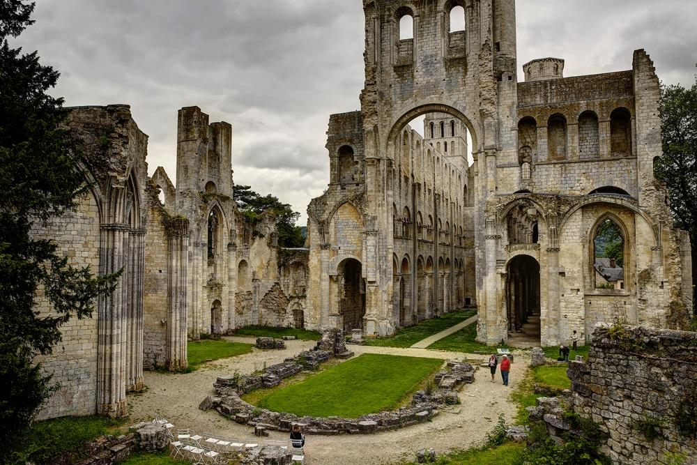 visiter-abbaye-jumieges-normandie.jpg