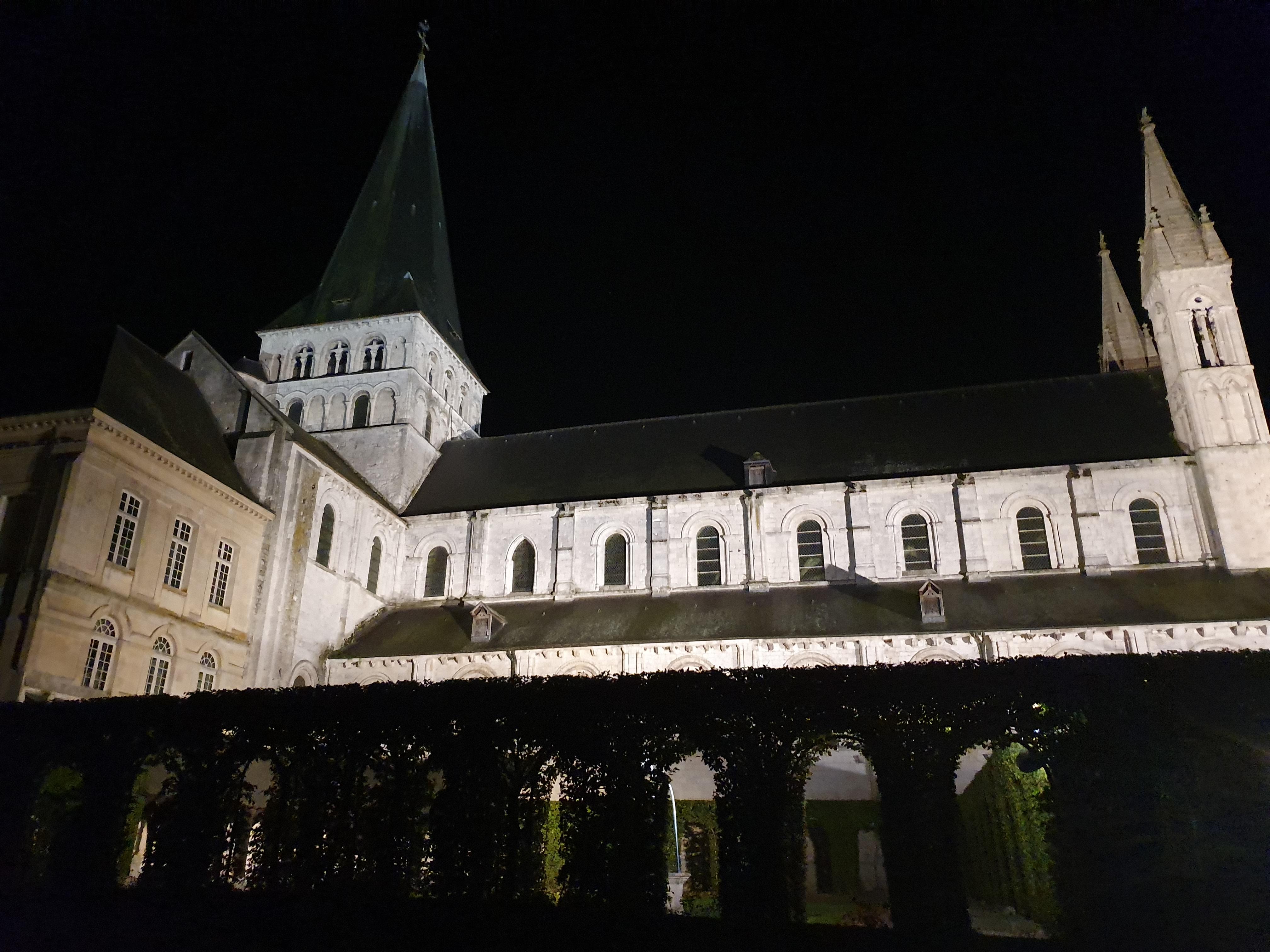 Abbaye 1.jpg