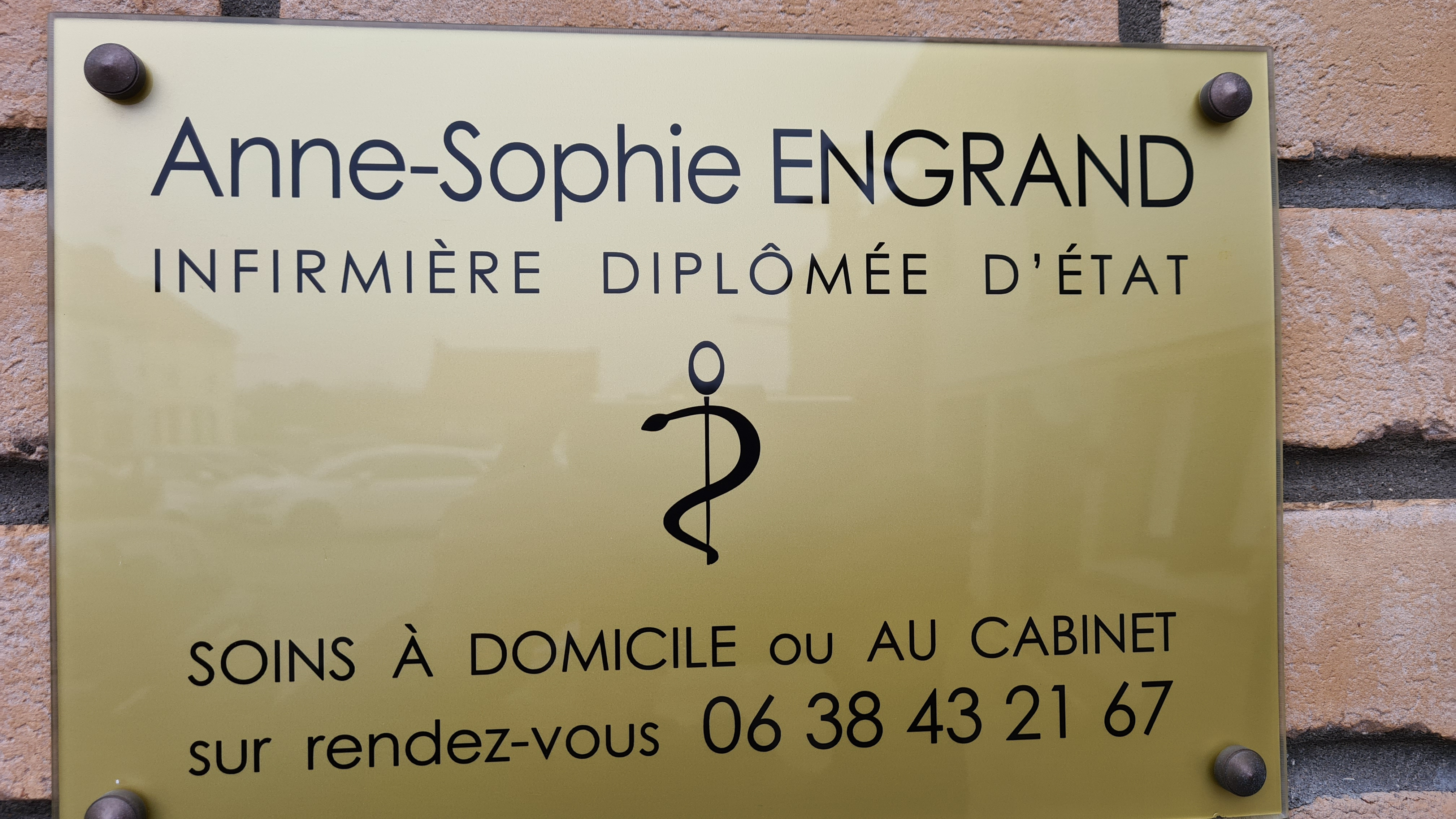 plaque Mme Engrand