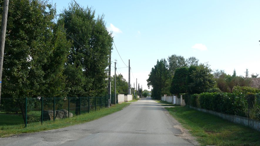 La commune restructure le hameau Les Places3.jpg