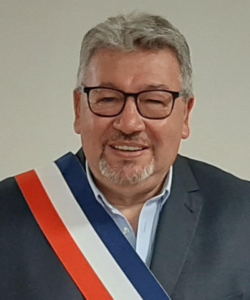 12-photo du maire retenue.jpg