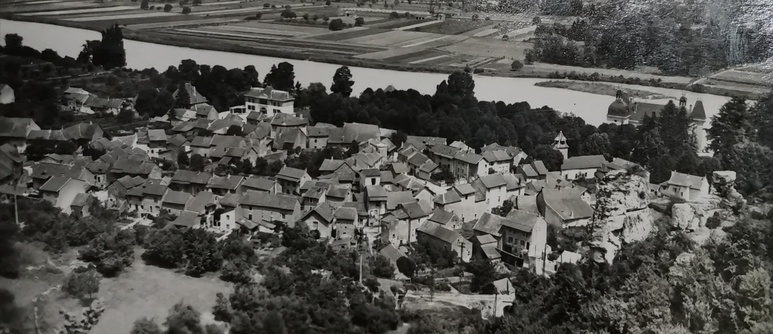 vieu village.jpg