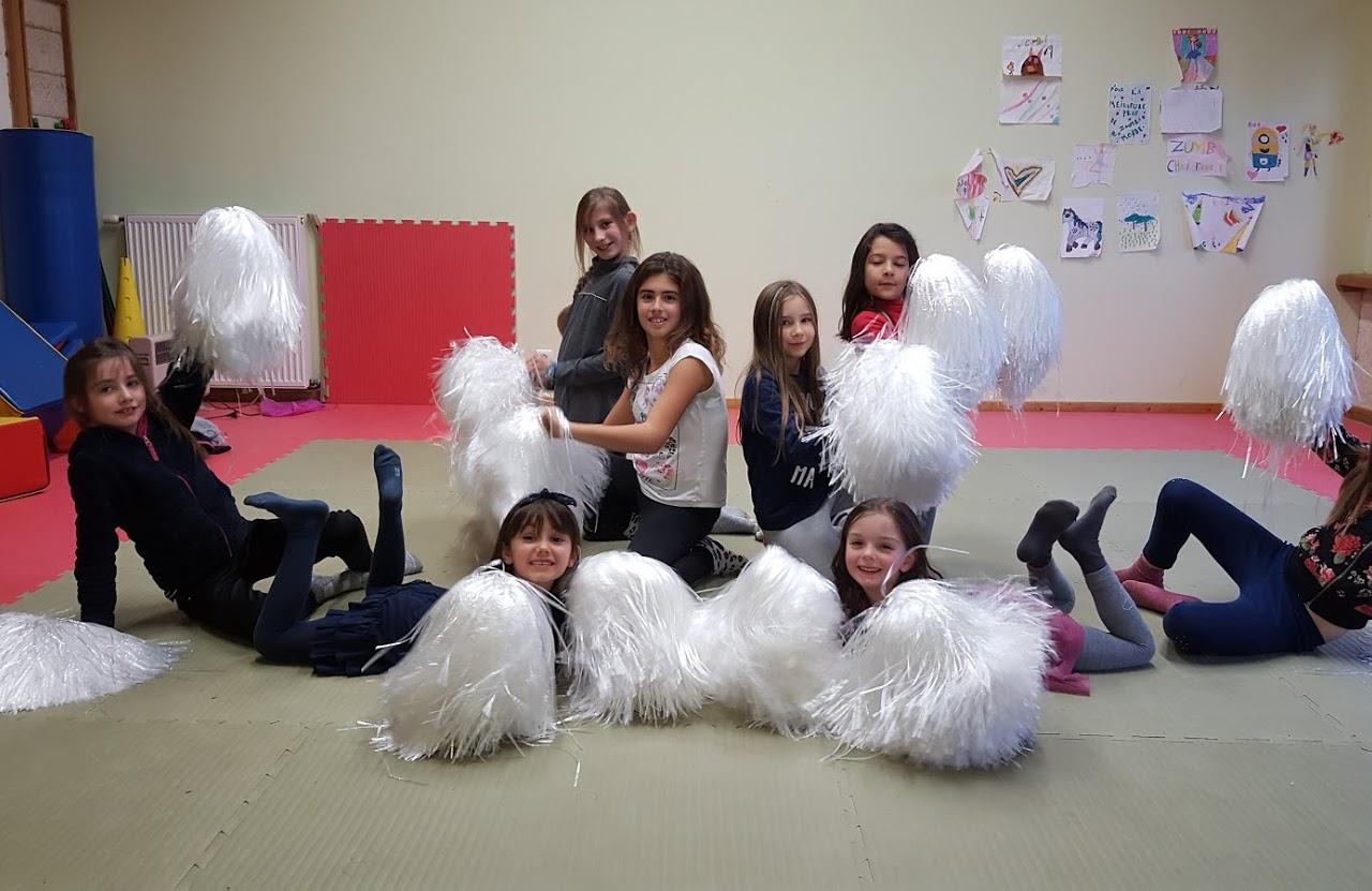 danse pom pom girls.jpg