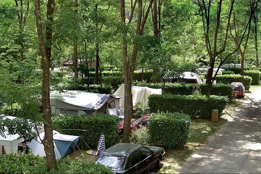 camping des drouilhèdes.jpg