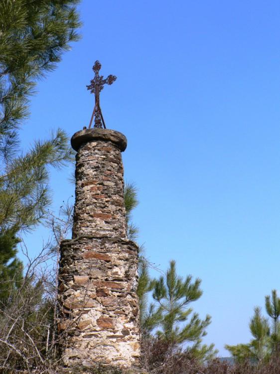 croix des Fiels route de Clamoux
