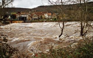 Ecoulement-naturel-Vallée-Vézère-Dordogne.jpg