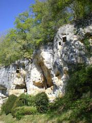 Abris sous roche.jpg