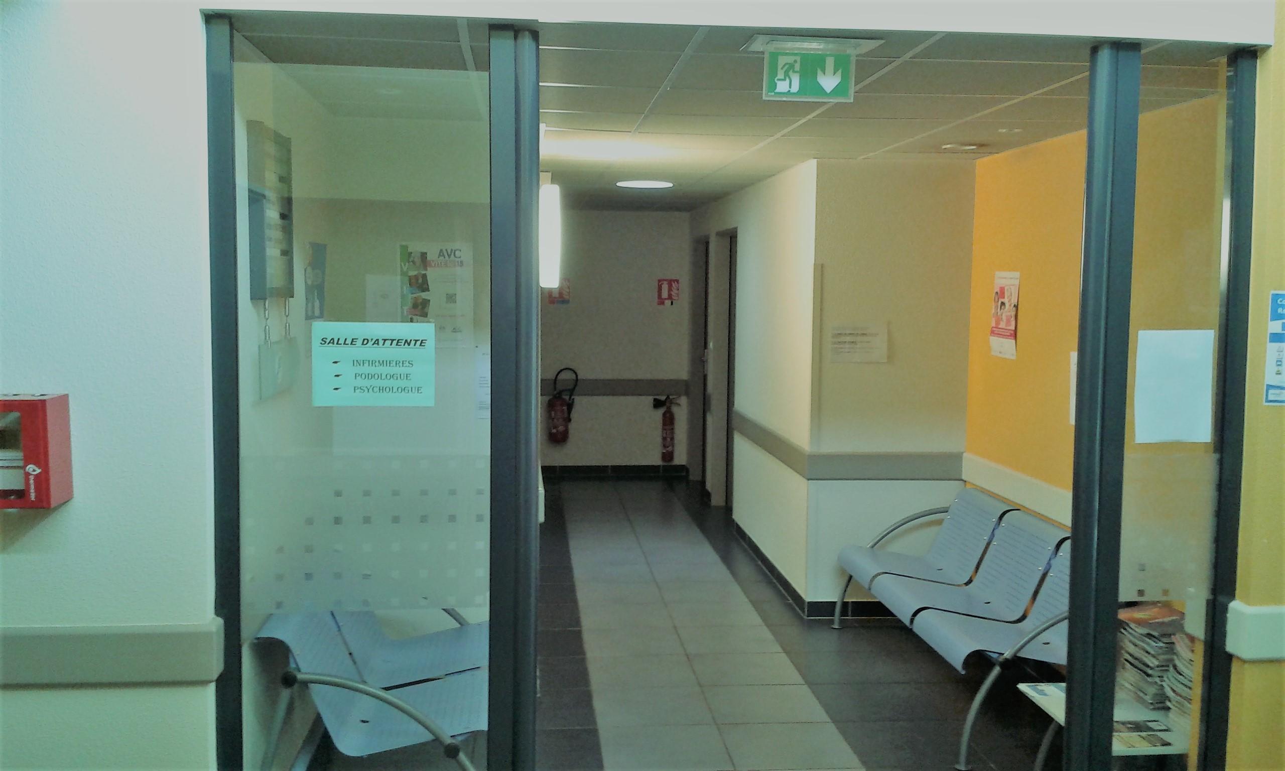 salle attente 1 inf,podo,psy.jpg