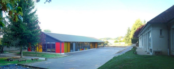 école PANO-COUR-FINIE.jpg