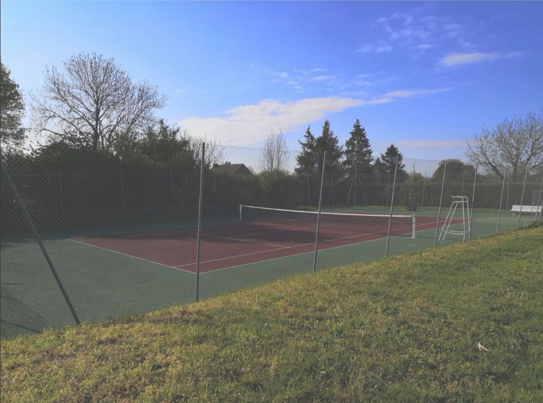 terrain de tennis 1.jpg