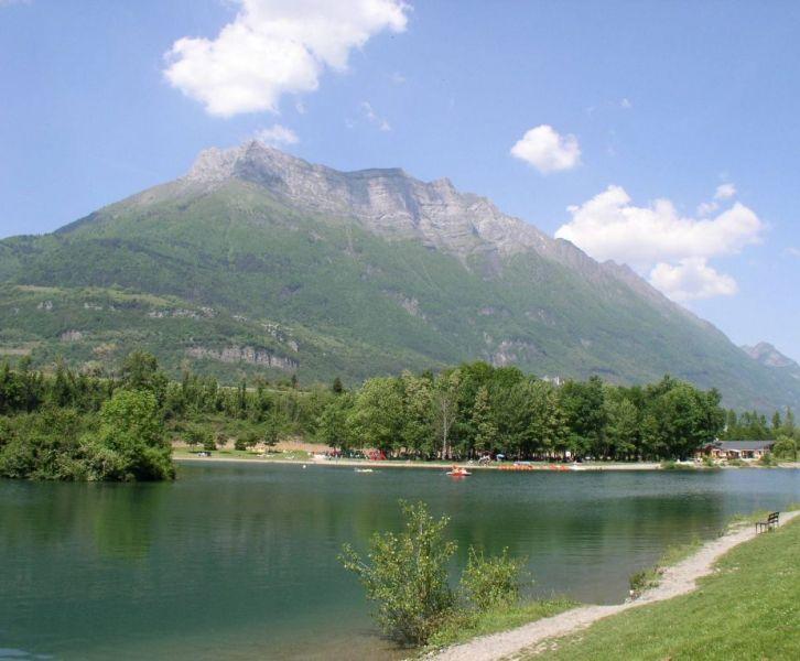 lac-de-carouge-4.jpg