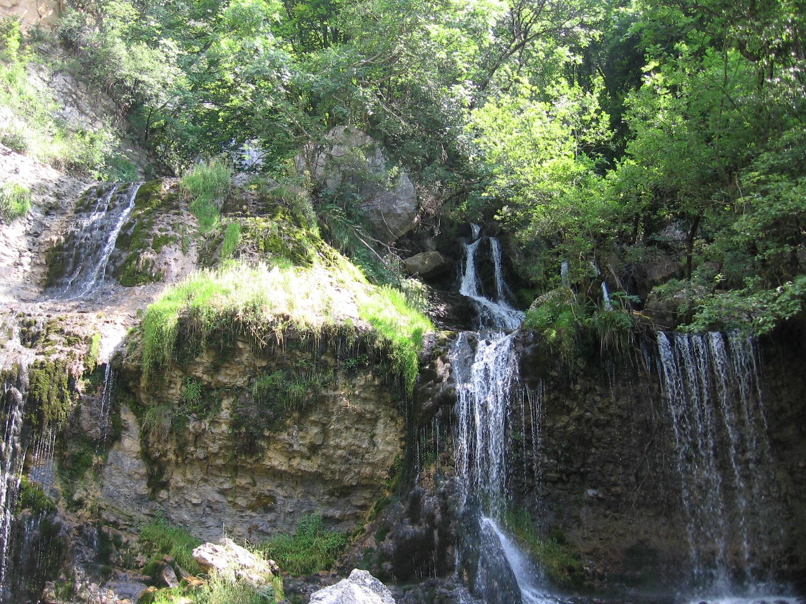 6 cascade doria.jpg