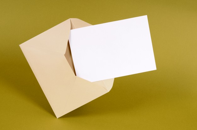 enveloppe-brun-simple-carte-message-vierge_1101-1169.jpg