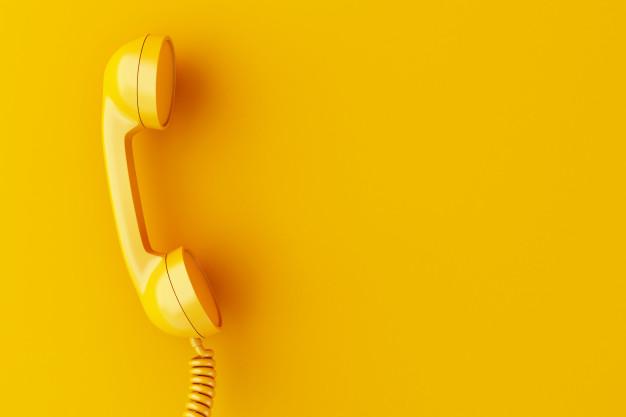 3d-telephone-recepteur-fond-jaune_58466-4954.jpg