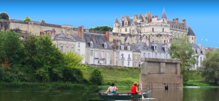 tours canoe loire.jpg