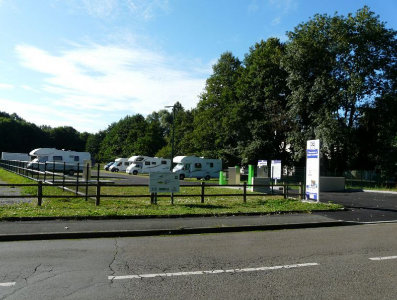 Photo aire de camping car de St Saturnin