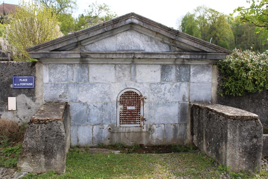 Fontaine Bruquet 1.jpg