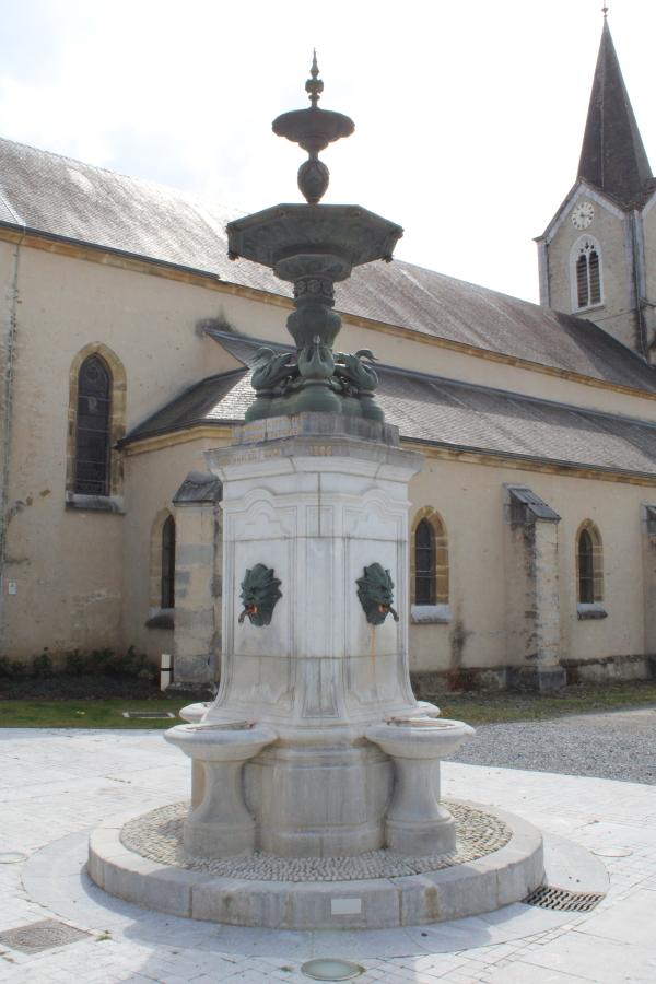 Fontaine Monumentale.JPG