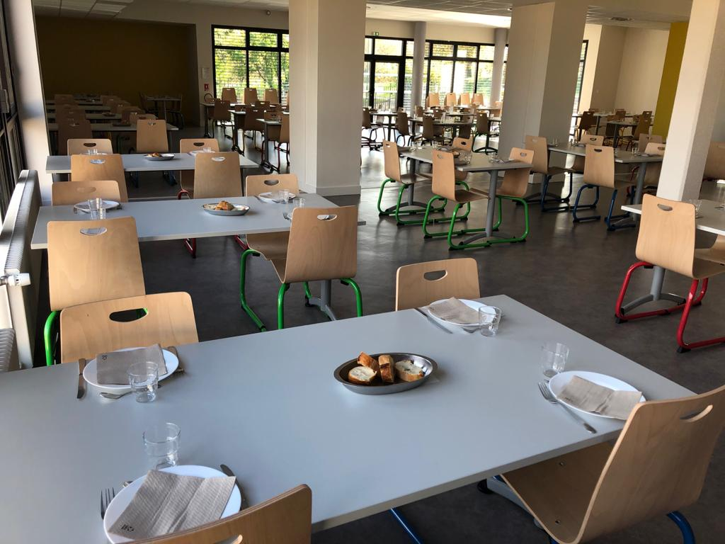 Restaurant scolaire 02.jpg