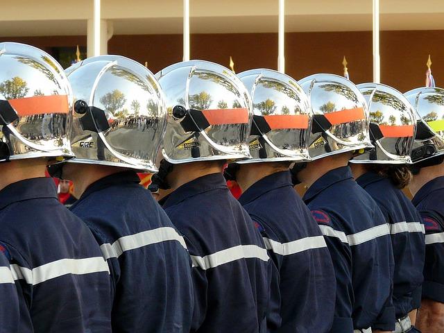 firefighter-1162652_640.jpg