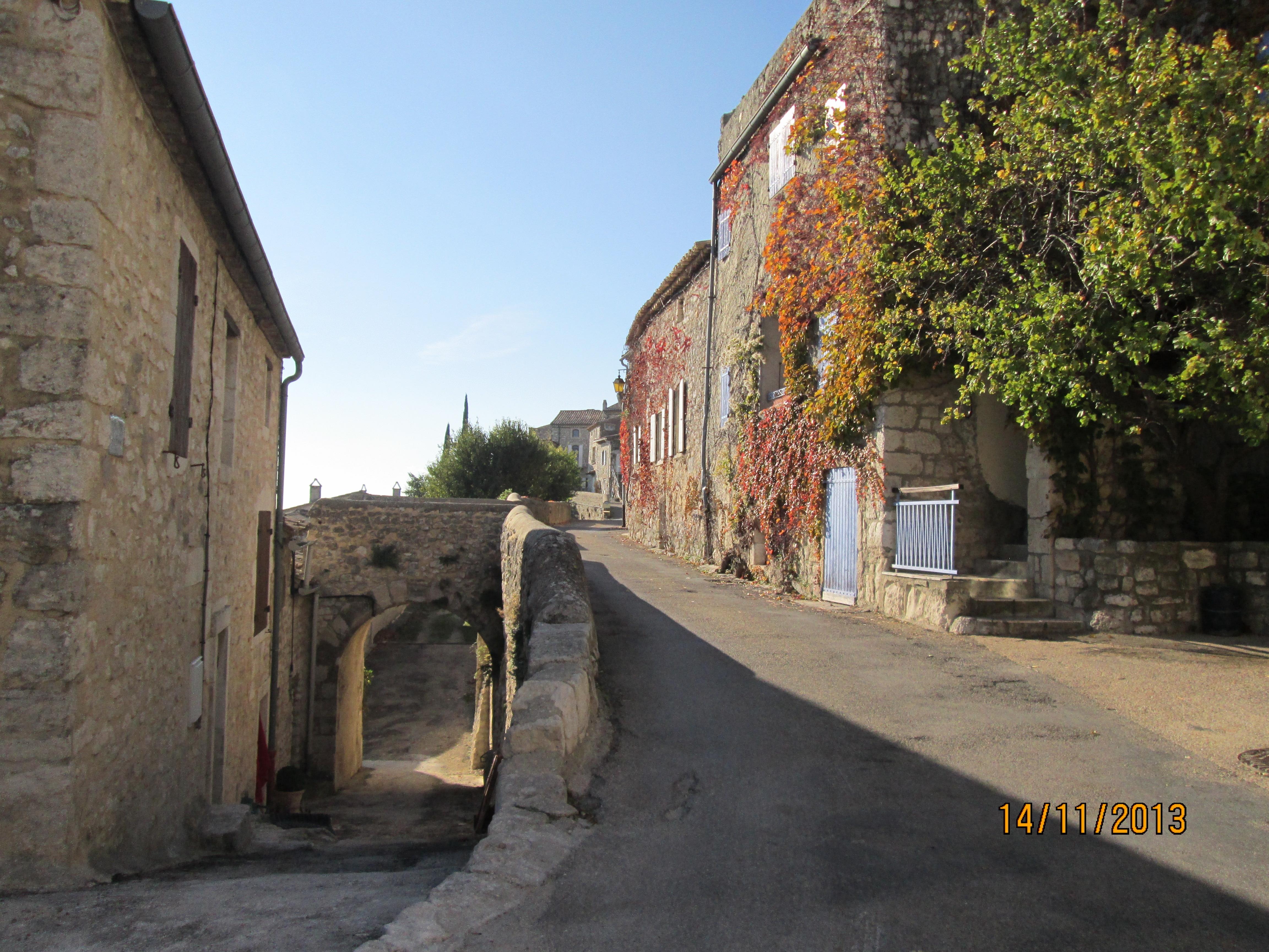 LGA - SITE Village - entree SUD.JPG