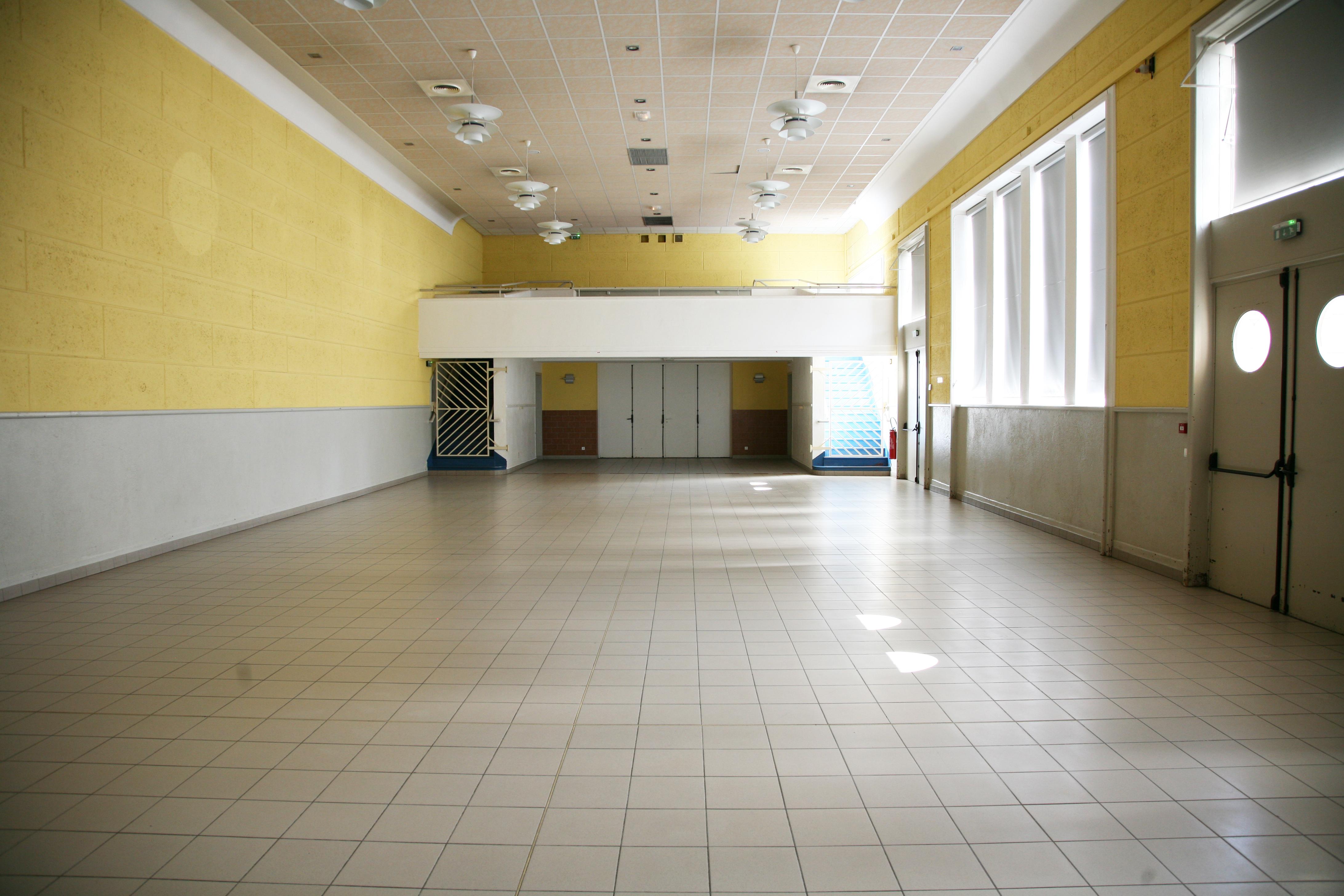 Salle Foyer rural 2.JPG