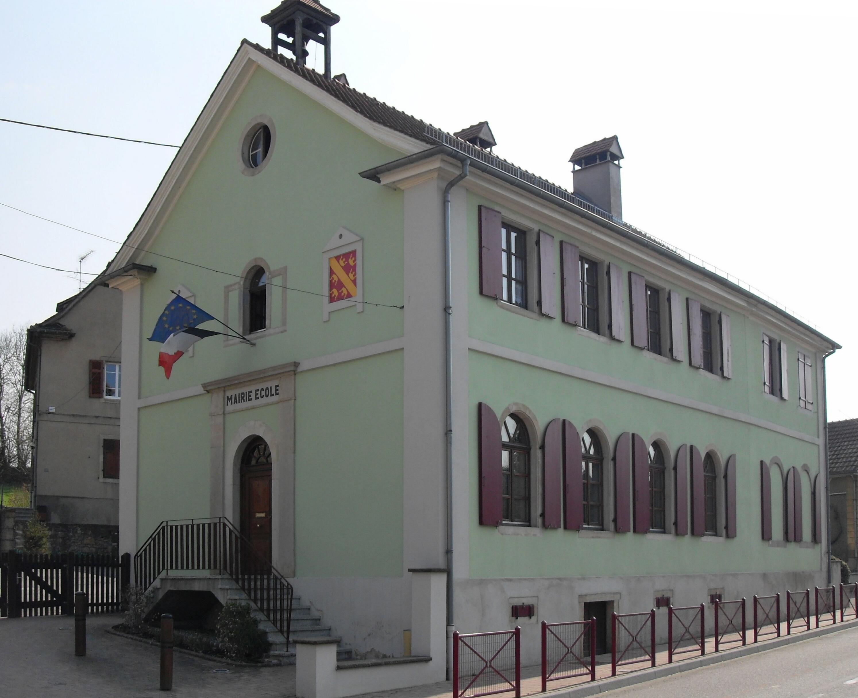 Kœtzingue,_Mairie-école.jpg