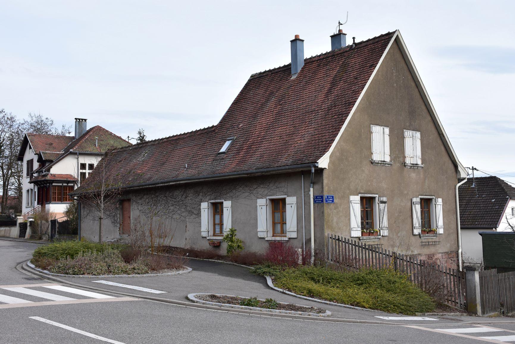 Maison forestière angle rue des vosges.jpg