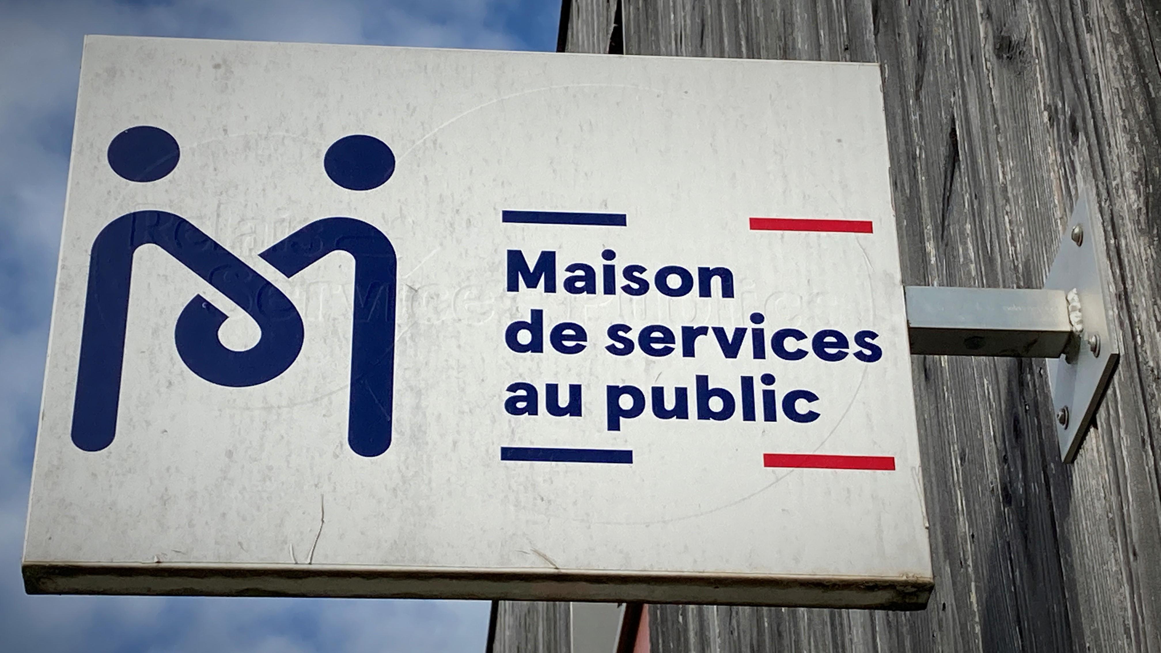 C4 logo maison services.jpg