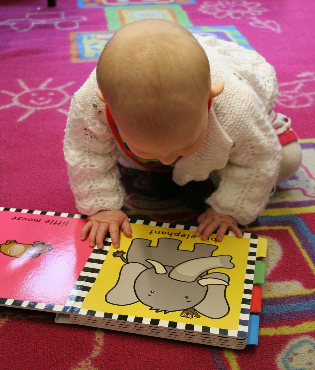 bébé lecteur.jpg